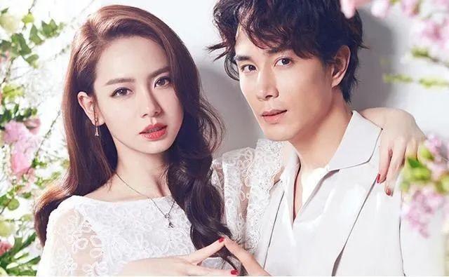 2012年男模徐正曦公开承认和戚薇恋爱称两人拍摄电视剧爱情睡醒了