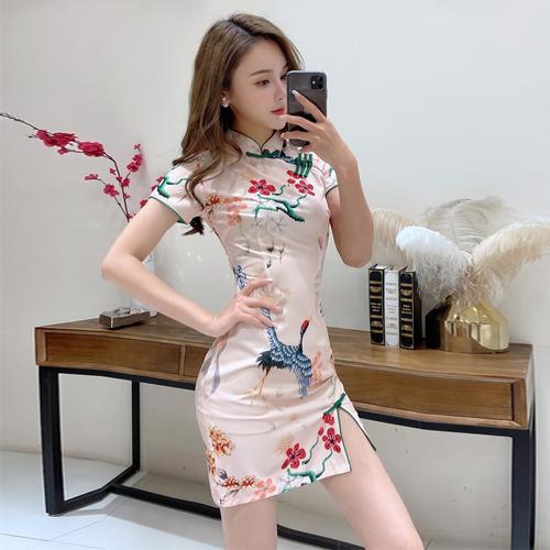 设计感复古旗袍包臀短裙日常改良印花小女人连衣裙清装旧事水滴领 馨